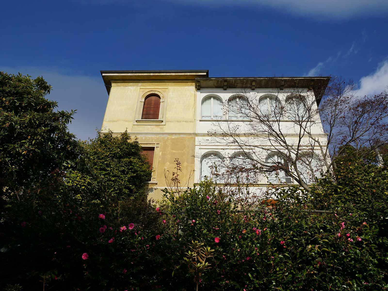 Außenansicht der Villa Soronzo in Italien